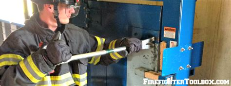 forcible entry outward swinging door single firefighter forcible entry inward swinging door