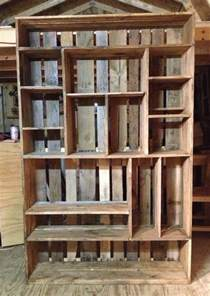 Pallet Bookshelves Bookshelf Made Out Of Pallets Diy Projects