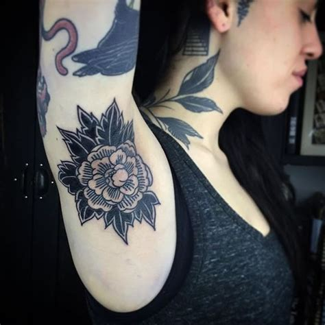 tattoo pain near armpit it s official armpit tattoos are now a thing