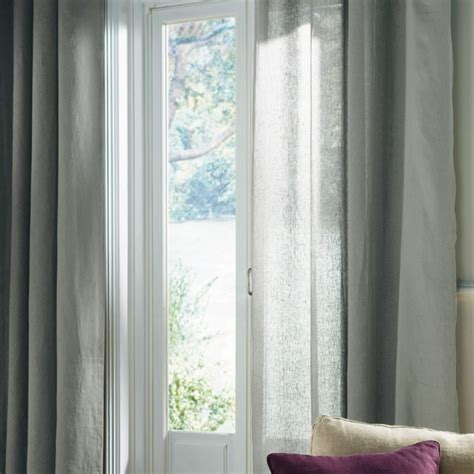 rideaux gris clair en photo 20 20 tr 232 s beau coloris gris clair pour ces rideaux en