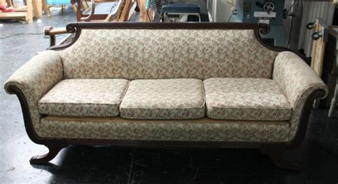 duncan phyfe sofa reupholstered duncan phyfe sofa reupholstered ducan before and after