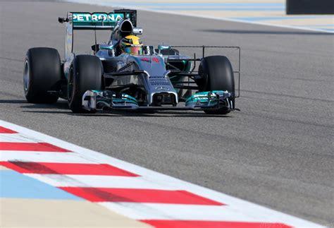 test f1 diretta test f1 bahrain diretta della prima giornata foto live