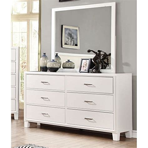 White 6 Drawer Dresser With Mirror by Beautiful White Dressers With Mirror