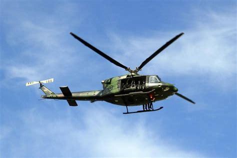 Helikopter Jenis Bell helikopter tni jatuh setelah tugas perburuan kelompok santoso