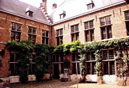 apartamentos turisticos bruselas apartamentos en amberes para vacaciones
