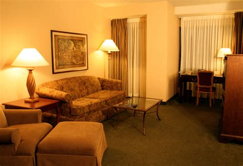 living in a hotel room file hotel suite living room jpg wikipedia