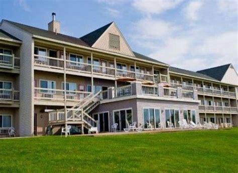 comfort inn belfast maine fireside inn suites ocean s edge belfast me hotel