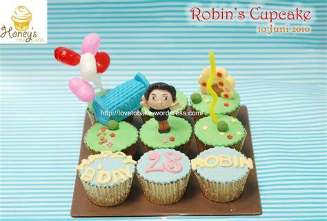 Lilin Karakter Robin Lilin Robin Lilin Kue Robin Lilin robin s cupcake honey s mini cakes