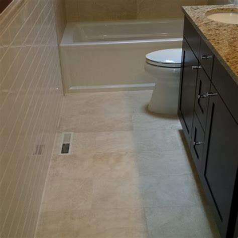 how to tile bathroom floor bathroom floor tile layout in 5 easy steps diytileguy