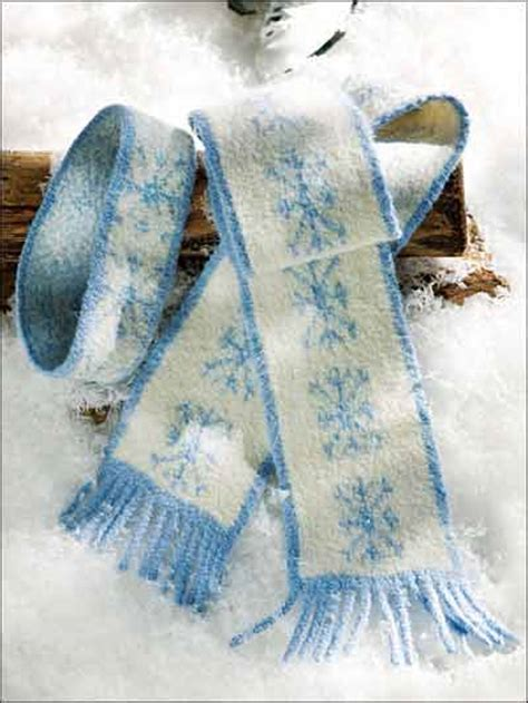 snowflake knitting pattern free free winter clothing knitting patterns snowflake scarf
