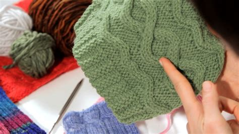 do knitting how to do a cable stitch knitting