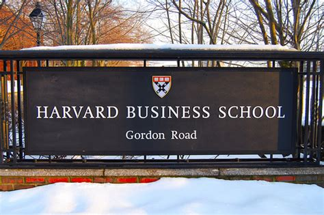 Luxury Marketing Mba Course Harvard harvard business school s content strategy is all about