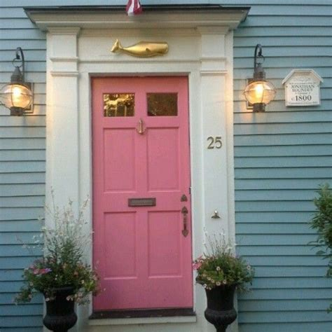 Cottage Doors Exterior 25 Best Ideas About Cottage Front Doors On Pinterest Cottage Door Modern Cottage Decor And
