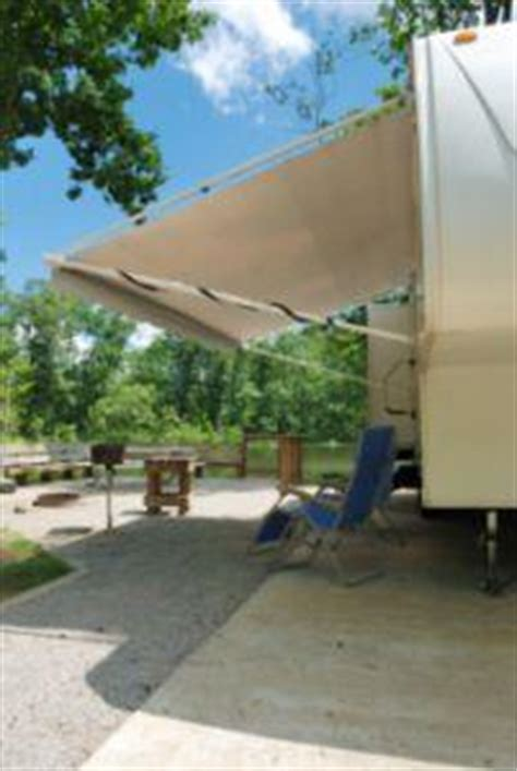 Rv Awning Manufacturers by How To Repair Rv Awnings Lovetoknow