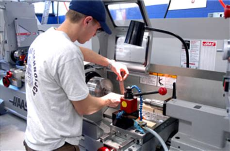 design and manufacturing in mechanical engineering mechanical engineering technology degree