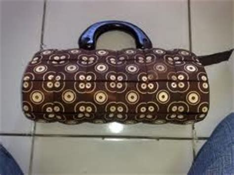 Batok Kaingesper Kain membuat tas dari batok kelapa dunia usaha