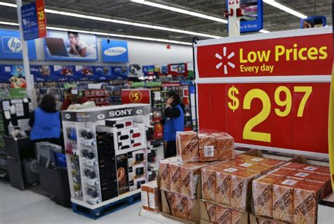 smart styles in walmart 2014 walmart stores busy target stores not so much toronto star