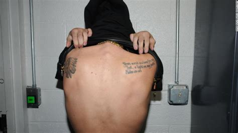 justin bieber tattoo on shoulder blade photos justin bieber s tattoos