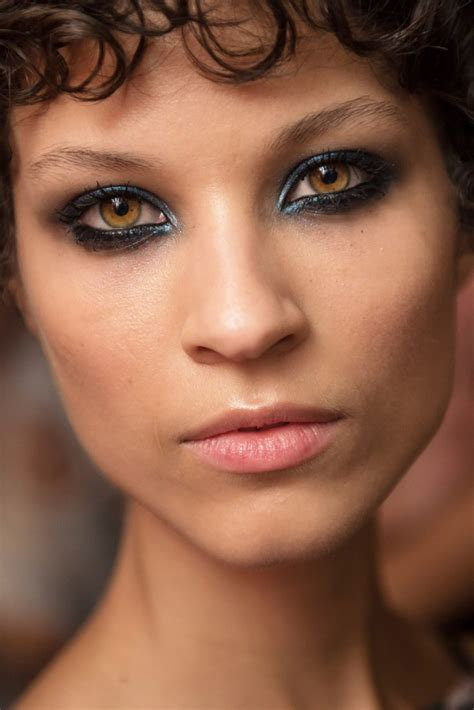 Chanel Glitter 8516 new year s 2016 makeup inspiration