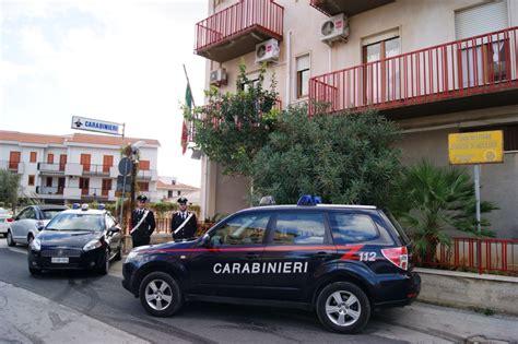 spaccio alimentare alcamo arrestati due giovani a castellammare golfo per furto