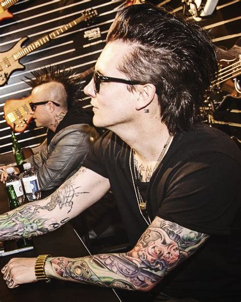 tattoo of jesus by johnny reid 17 best images about synyster gates on stage on