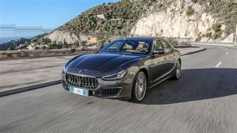 ghibli maserati 2018 maserati ghibli 2018 review by car magazine