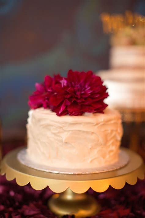 Velvet Weddingku by Single Tier Velvet Wedding Cake