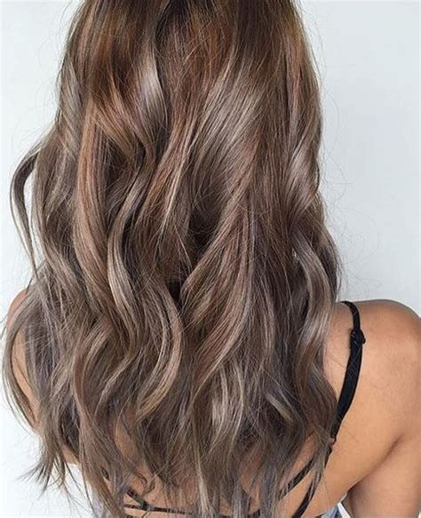 hair color idea beige and ash highlights mane