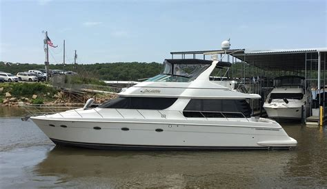 carver  voyager pilothouse power boat  sale wwwyachtworldcom