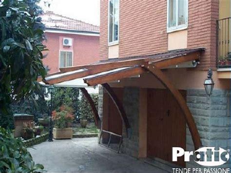 tettoie per finestre in legno pensiline in legno