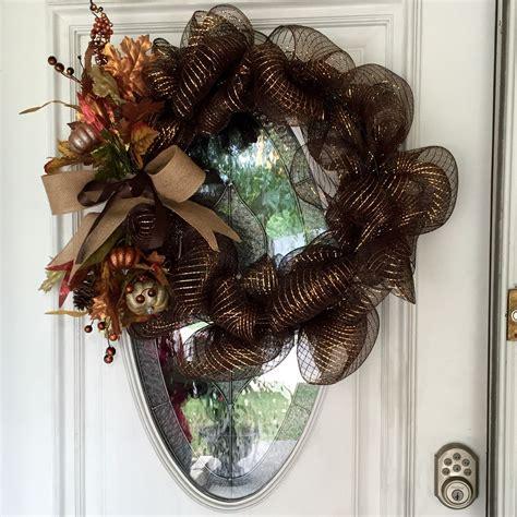 beautiful easy   fall wreath  front door