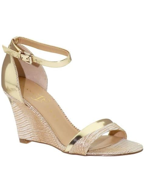 gold wedges shoes gold wedges need this