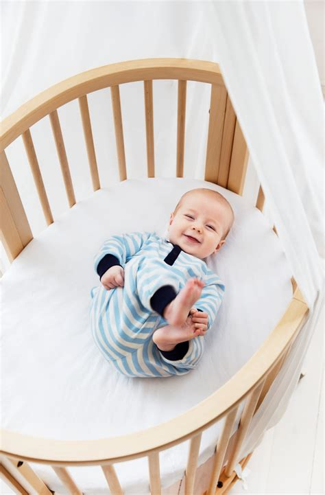 How Can Baby Sleep In Mini Crib by The Oval Crib Stokke 174 Sleepi Loved By Parents