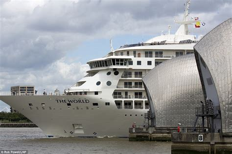 thames river cruise stops biggest privately owned yacht on the planet which offers