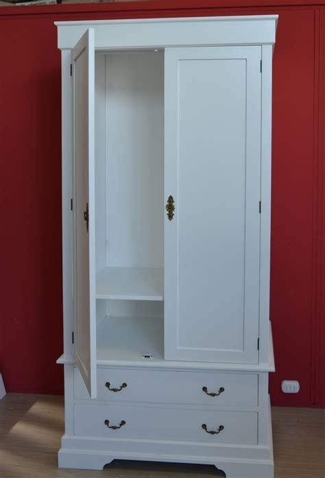 mobili bianchi provenzali armadio provenzale bianco etnico outlet mobili provenzali
