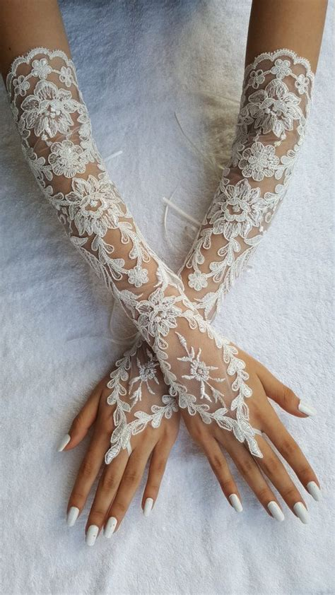 Lace Wedding Gloves best 25 wedding gloves ideas on lace gloves