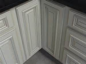 Ivory Painted Kitchen Cabinets Ivory Kitchen Cabinets With Glaze Quicua