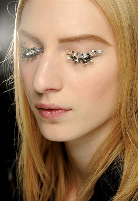 Lipstick To Open Up Fashion Week by We Glitter Lashes Chanel Rtw Fall 13 Glitter Guide