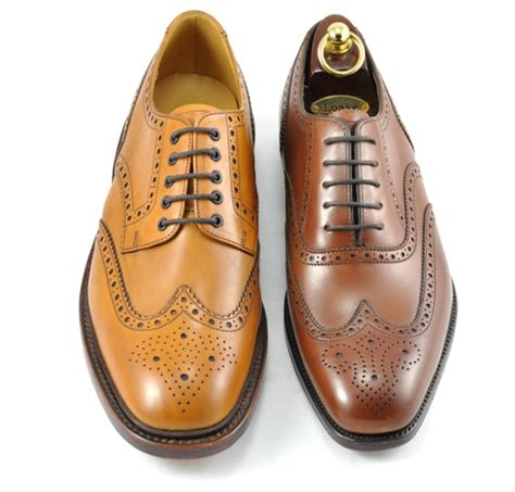 what is an oxford shoe oxford vs derby shoe what s the difference robinson s
