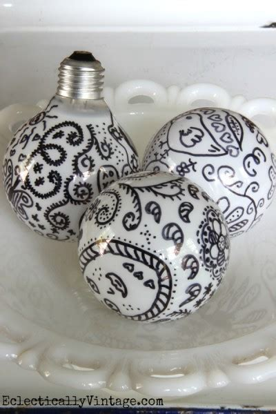 Sharpie Light Bulb by 20 Stunning Projects You Can Do With Sharpies