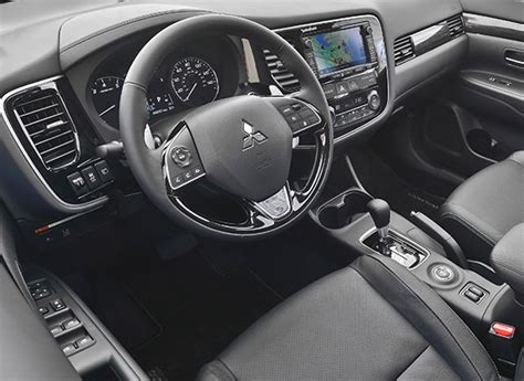 mitsubishi outlander 2016 interior 2016 mitsubishi outlander first drive review consumer
