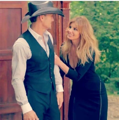 Tim Mcgraw And Faith Home Burglarized by 834 Best Faith Hill Images On Hairstyles