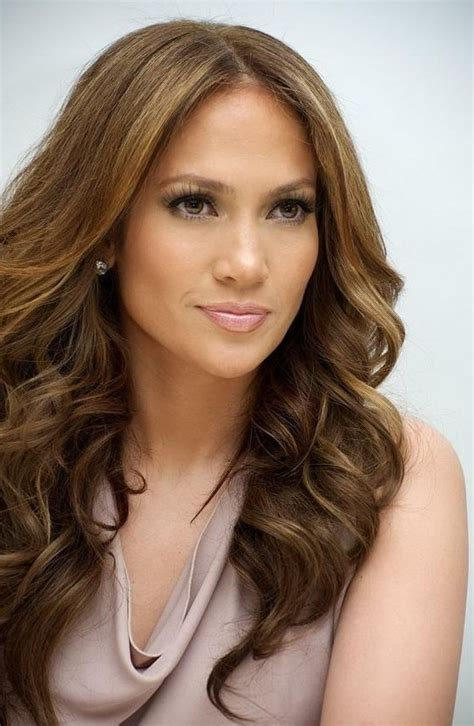 jlo hairstyles pictures quick easy long wavy hairstyle jennifer lopez s