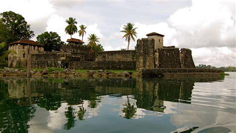 imagenes impresionantes de guatemala la historia de piratas en el castillo de san felipe de
