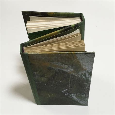 Handmade Book Binding - 1000 images about diy bookbinding goodness on