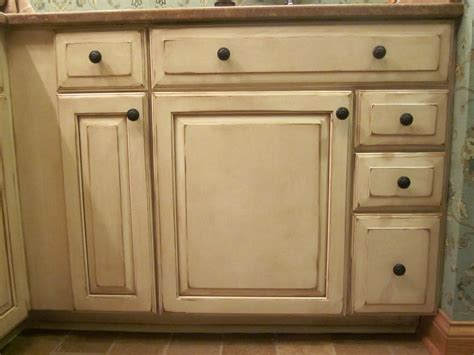 Paint And Glaze Kitchen Cabinets Dixon Specialty Finishes Llc Louisville Faux Painted Cabinets Before And After