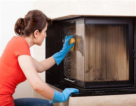 pulire il vetro camino pulire vetro camino installazione climatizzatore