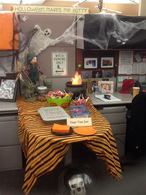 halloween decorating themes office halloween decor for office just for fun pinterest