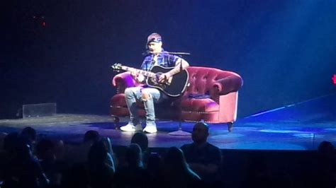 justin bieber s believe laval qc home to mama justin bieber purpose tour quebec city