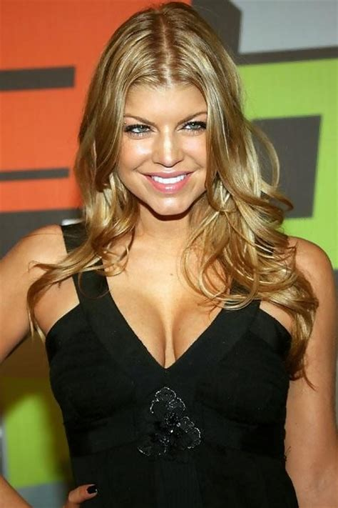 Nelly Furtado Fergie Issues by Fergie Accuses Nelly Of Wearing A Wig Nelly Furtado And